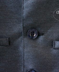 Два кармана-обманки спереди